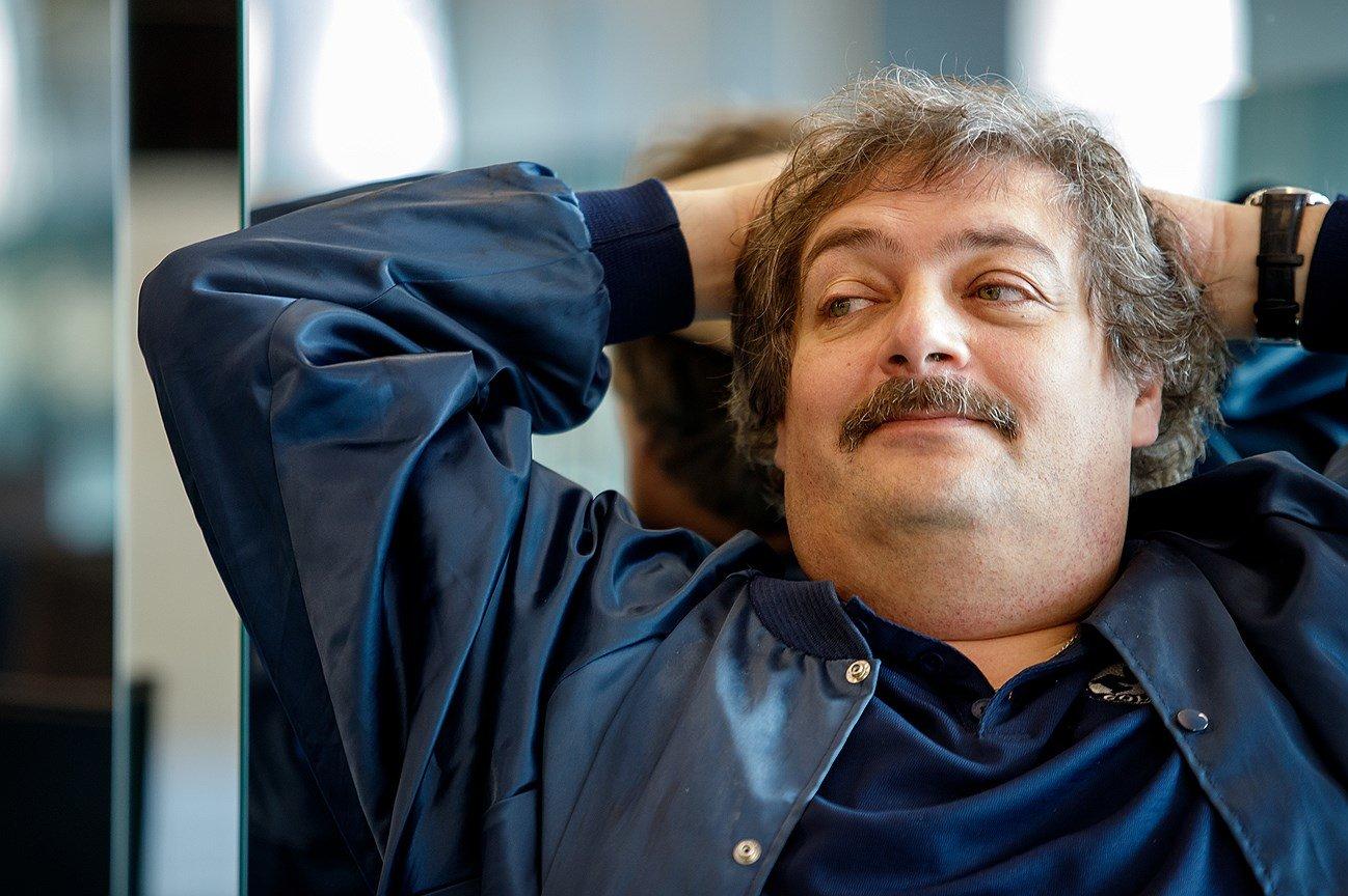 Писатель Дмитрий Быков находится в коме, фото-1