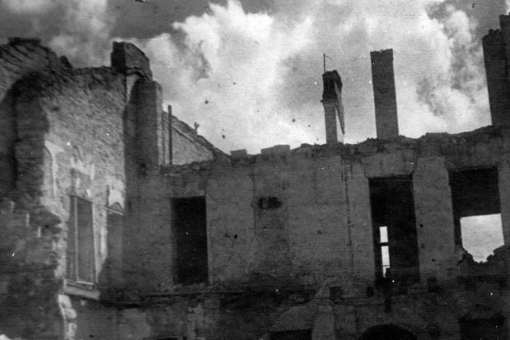 Минобороны опубликовало уникальные фото разрушенного Севастополя, фото-12