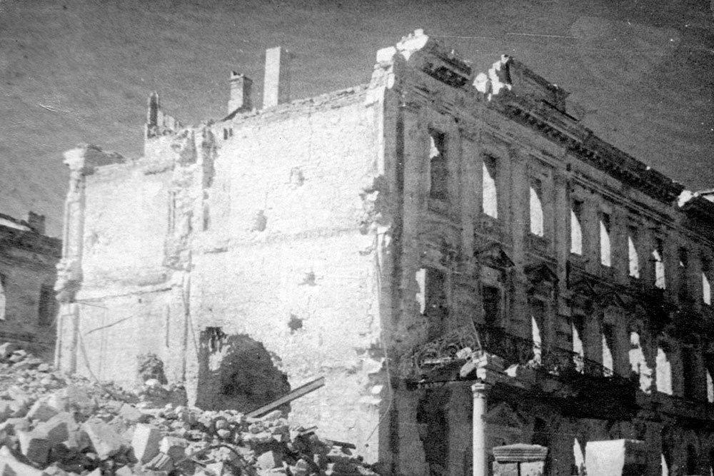 Минобороны опубликовало уникальные фото разрушенного Севастополя, фото-2