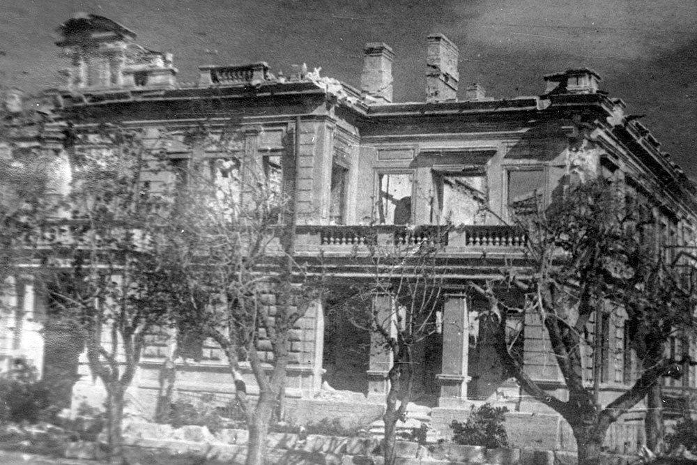 Минобороны опубликовало уникальные фото разрушенного Севастополя, фото-3