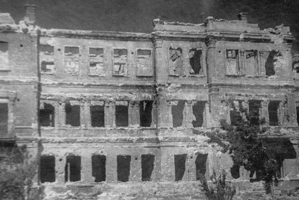 Минобороны опубликовало уникальные фото разрушенного Севастополя, фото-7