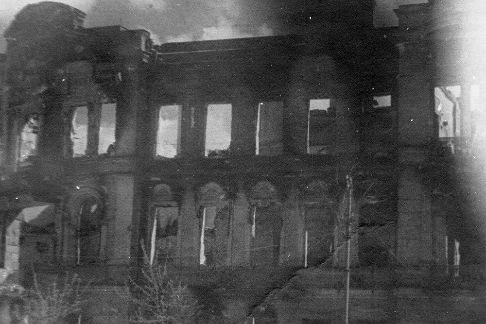 Минобороны опубликовало уникальные фото разрушенного Севастополя, фото-8