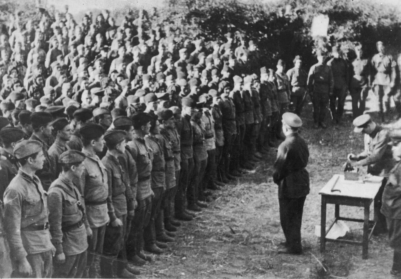 Минобороны опубликовало неизвестные фронтовые фотографии советских маршалов  , фото-2