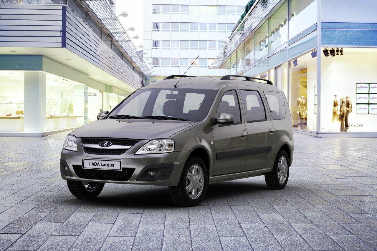 «АвтоВАЗ» отзывает более 30 тысяч Lada Largus из-за возможных неполадок с педалью тормоза, фото-1