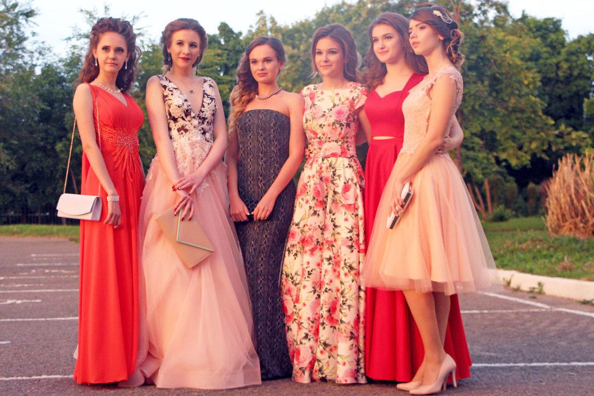 Сколько стоит платье на выпускной?, фото-1