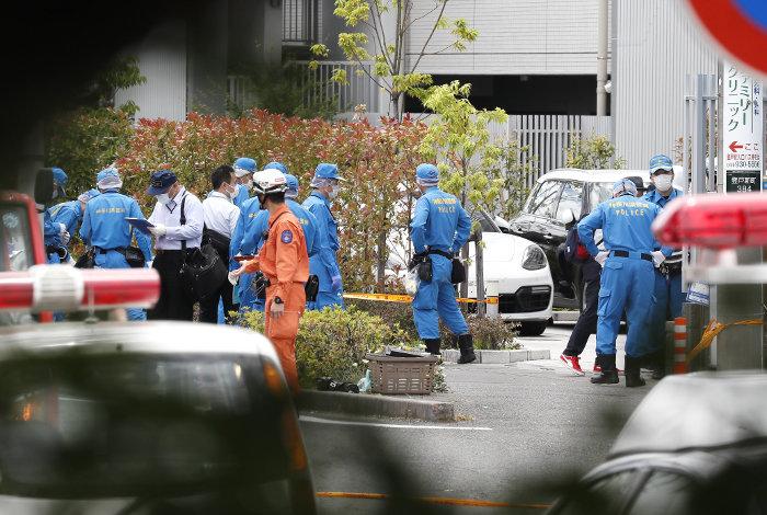 В Японии мужчина с ножом напал на группу школьниц, фото-1