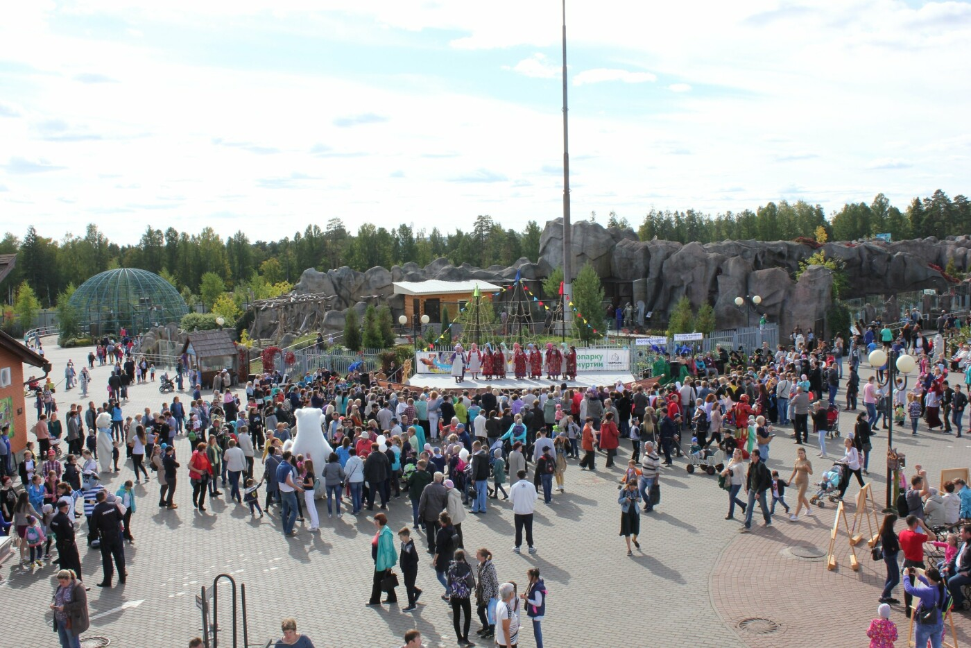 12 июня Зоопарк приглашает на праздник «Город на Иже», фото-1